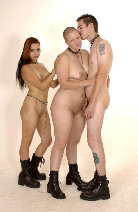 Familias desnudas